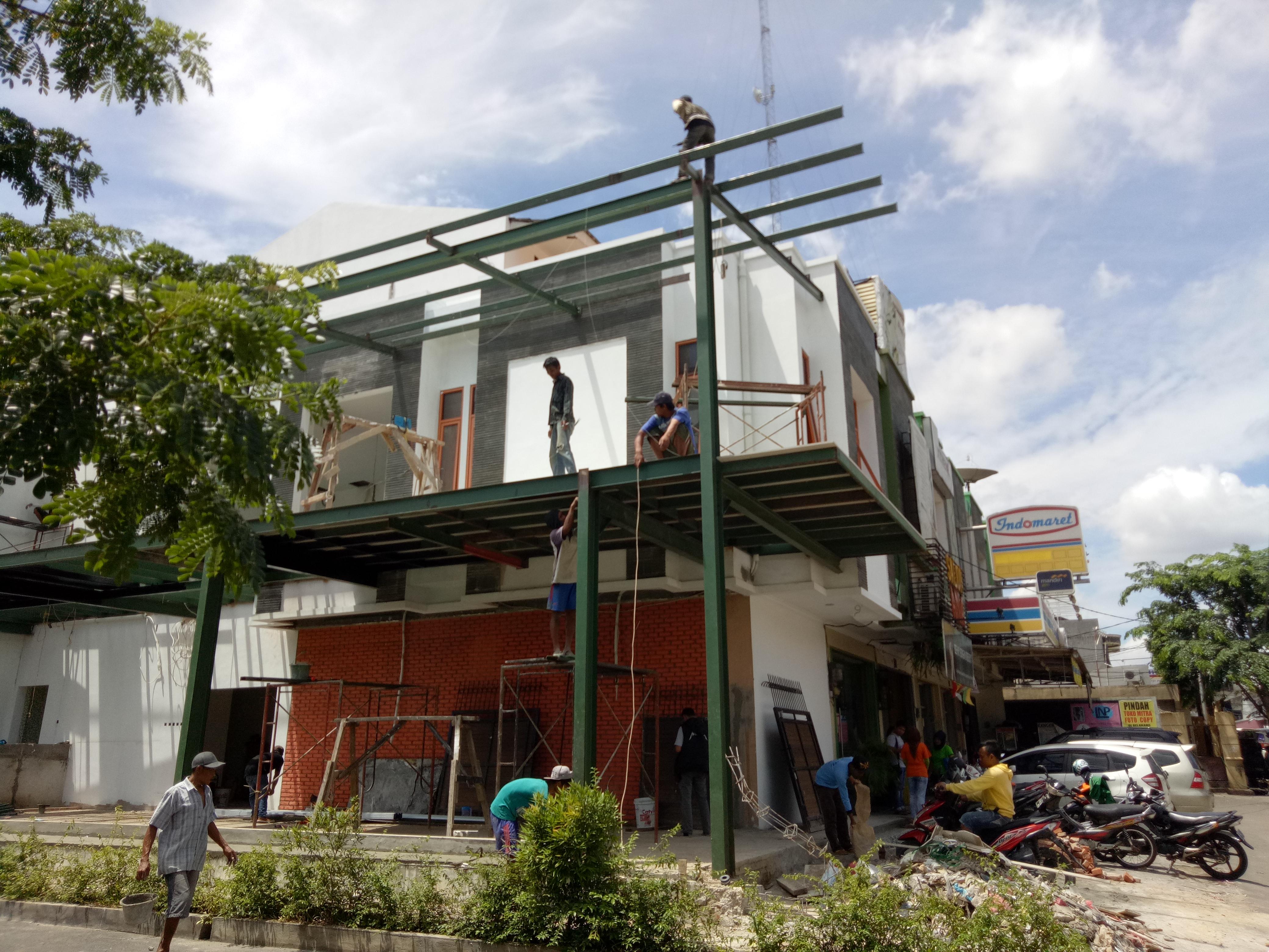 Pekerjaan Pembangunan Dengan Konstruksi Baja di Grand Galaxy Bekasi