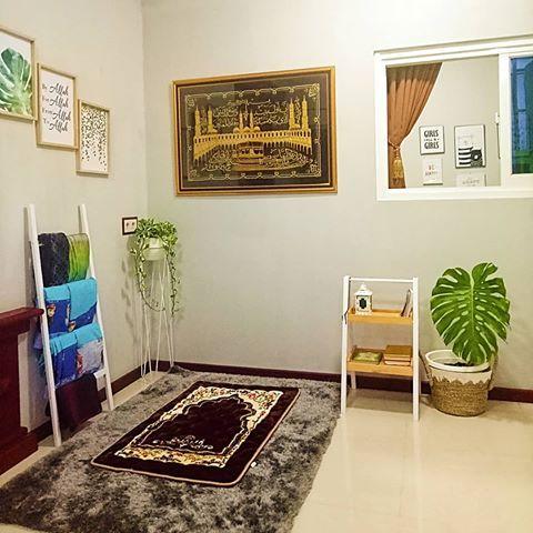 Hasil gambar untuk Beberapa Tips Menyiapkan Ruang Sholat Keluarga