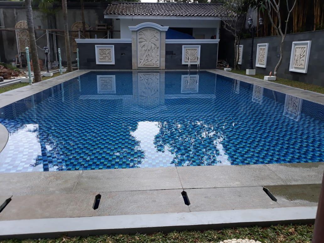 Pembuatan Kolam Renang di Bogor Nirwana Residence